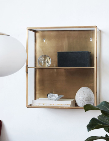 Cabinet made of glass and brass 35 x 15 x 40