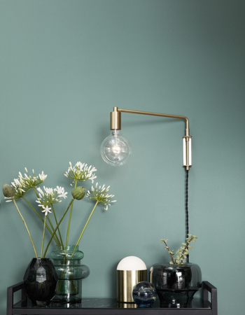 Gold LED Wall Lamp w/ Bulb