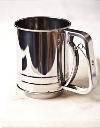 Stainless Steel Trigger Action Flour Sifter