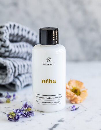 Něha - Two-component make-up remover for normal and mature skin