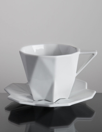 Cup with saucer - Perceptions