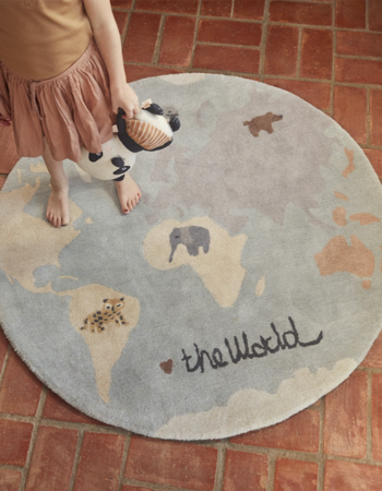 The World Tufted Rug Multi
